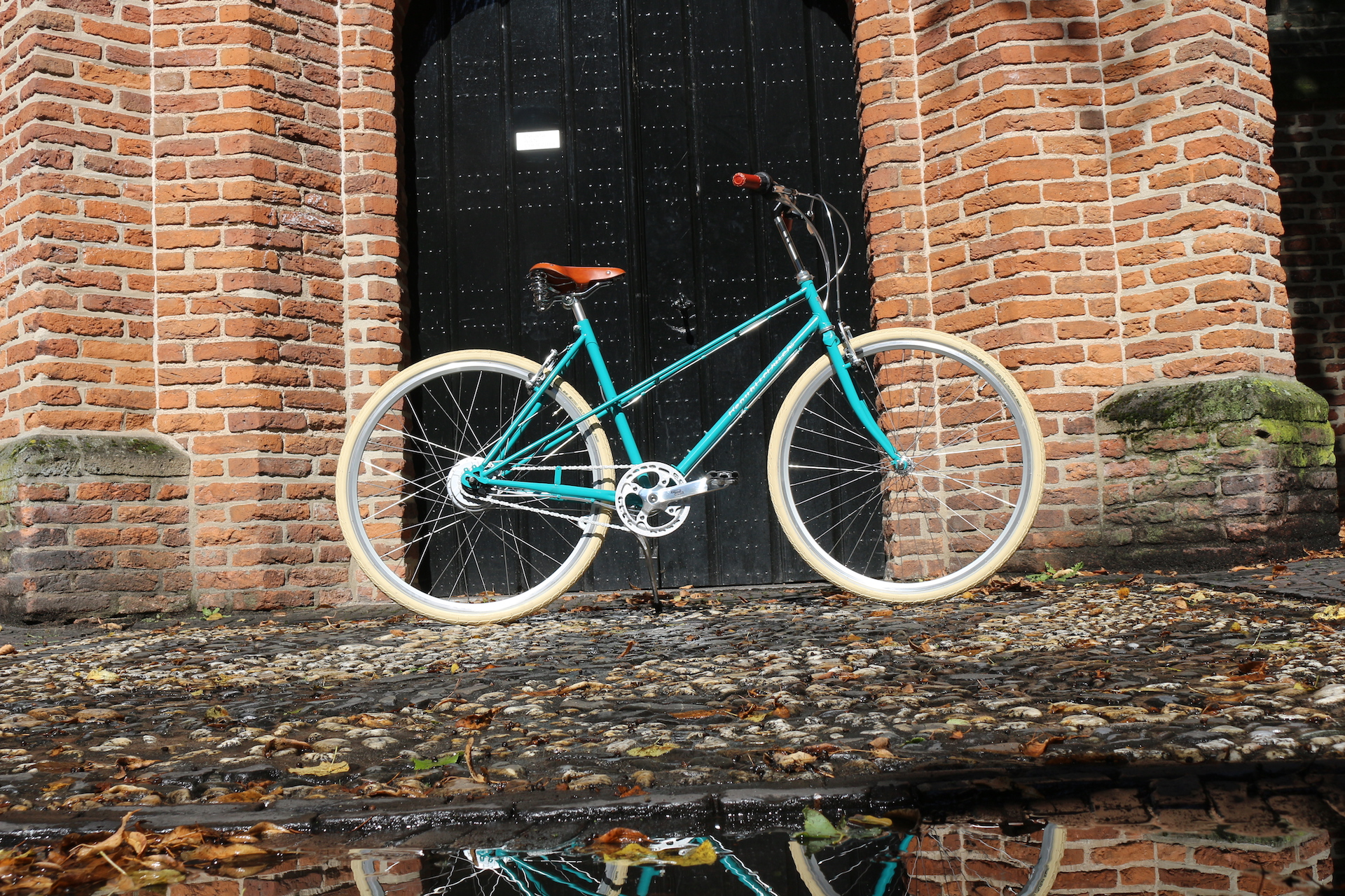 Retro bicycle | Retro | Mixte frame | Turqoise